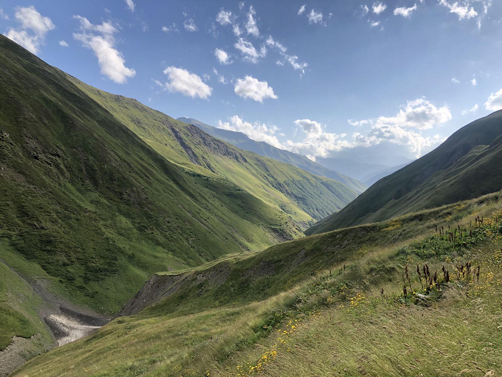 Долина реки Закка. Вид на пройденный маршрут
