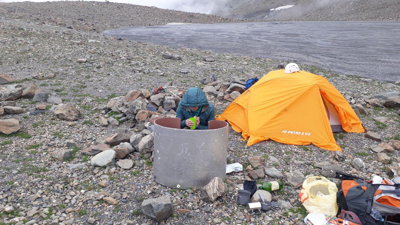 Лагерь у ледника Мидаграбин
