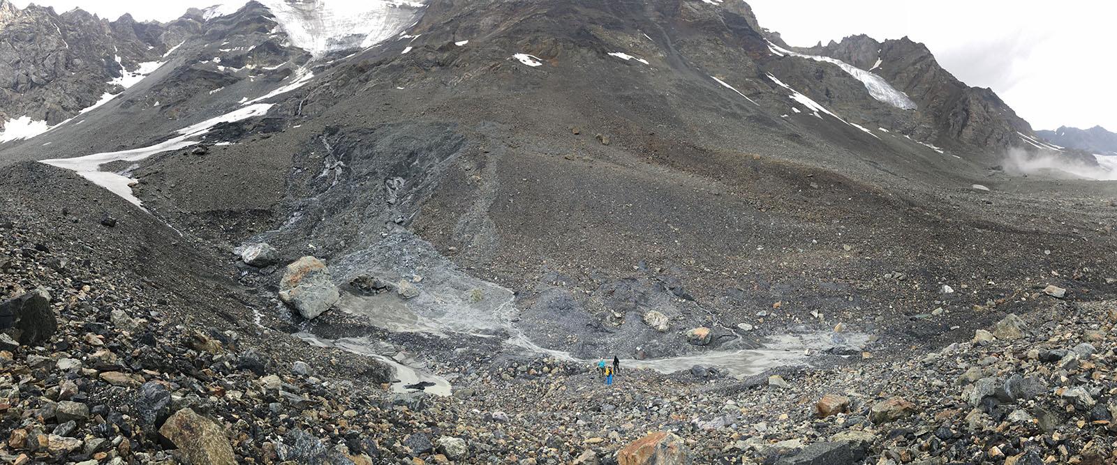 На подходе к леднику Мидаграбин